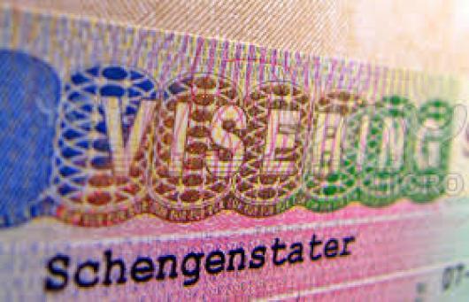 Новый закон Госдумы может лишить российских туристов шенгена