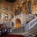 «Эрмитаж» уравнял российских туристов с иностранцами