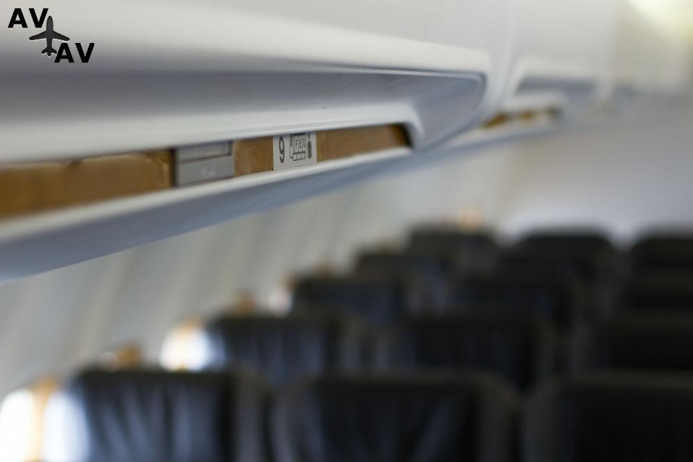 «КД авиа» пополнила парк седьмым самолетом Боинг-737-300