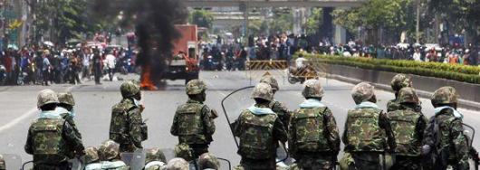 Штурм правительства в Таиланде продолжается