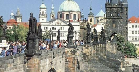 TUI и «Библио Глобус» расширяют туристическую экспансию Чехии