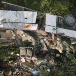 В Таиланде сорвался в пропасть пассажирский автобус