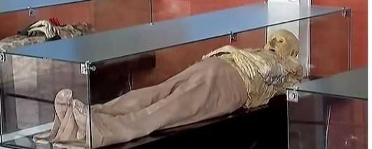 Кладбище в Колумбии превратилось в музеей мумий